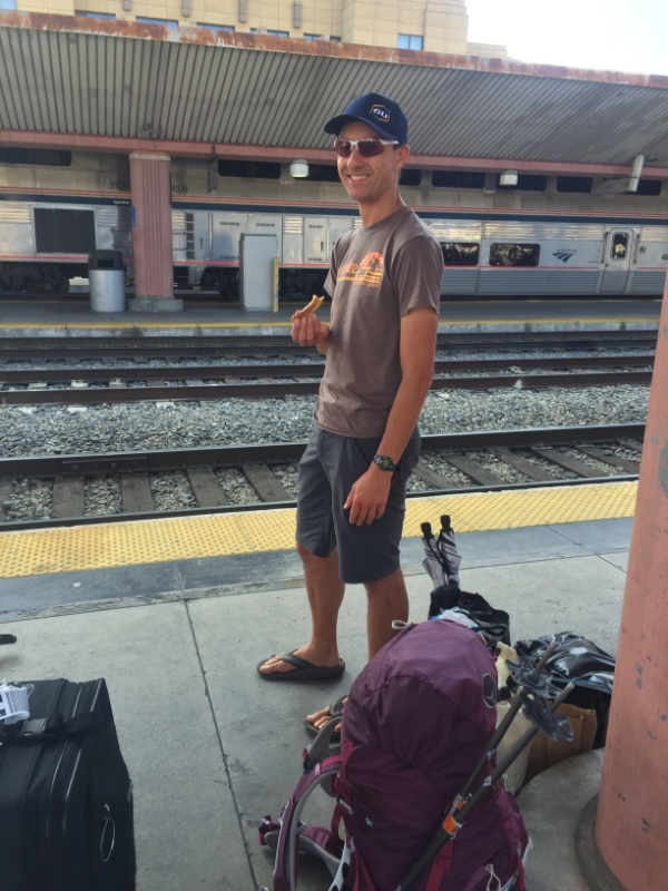 Waiting for the Coast Starlight, with a very light load