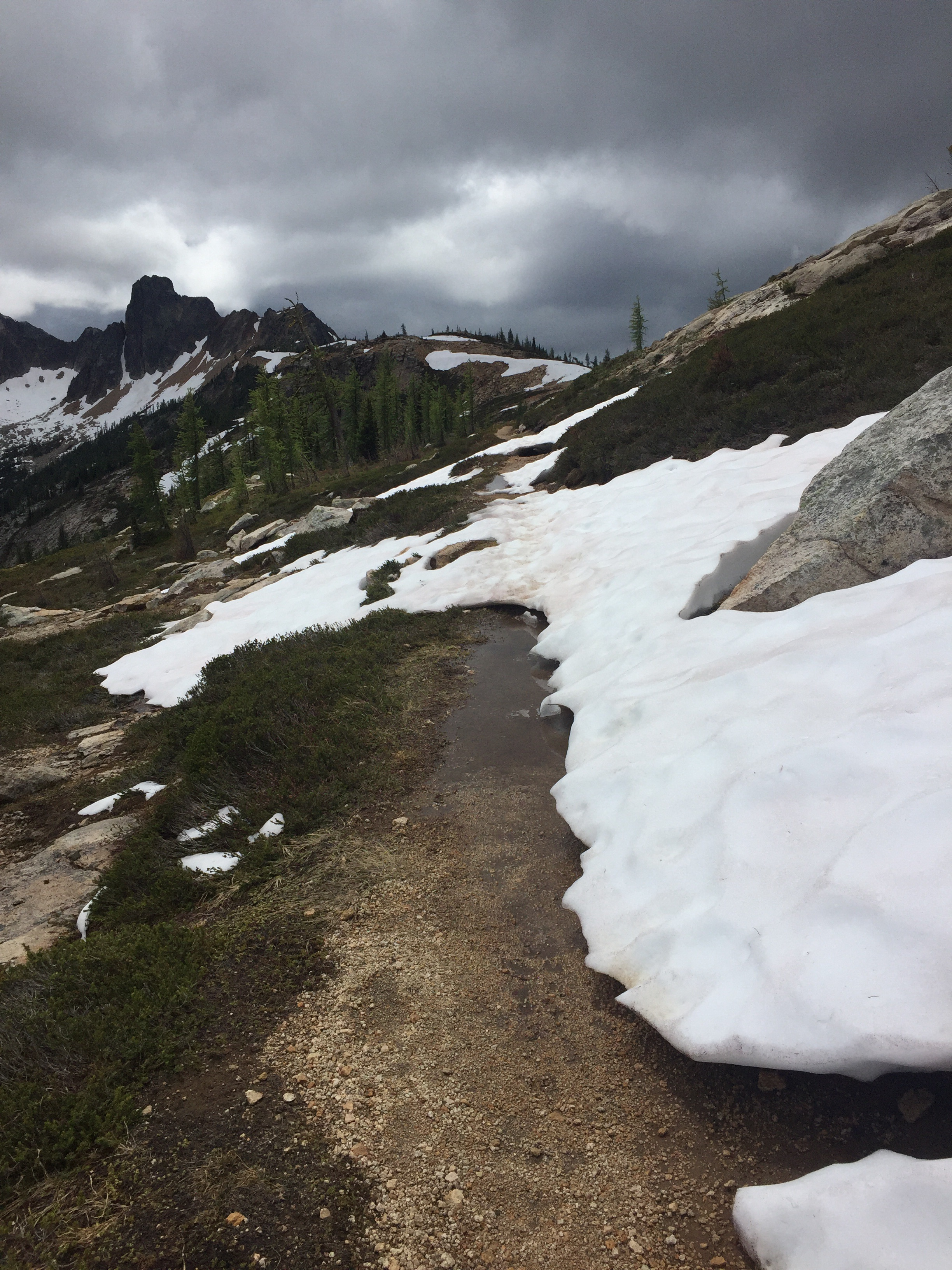 Dramatic weather as we near Cutthroat Pass