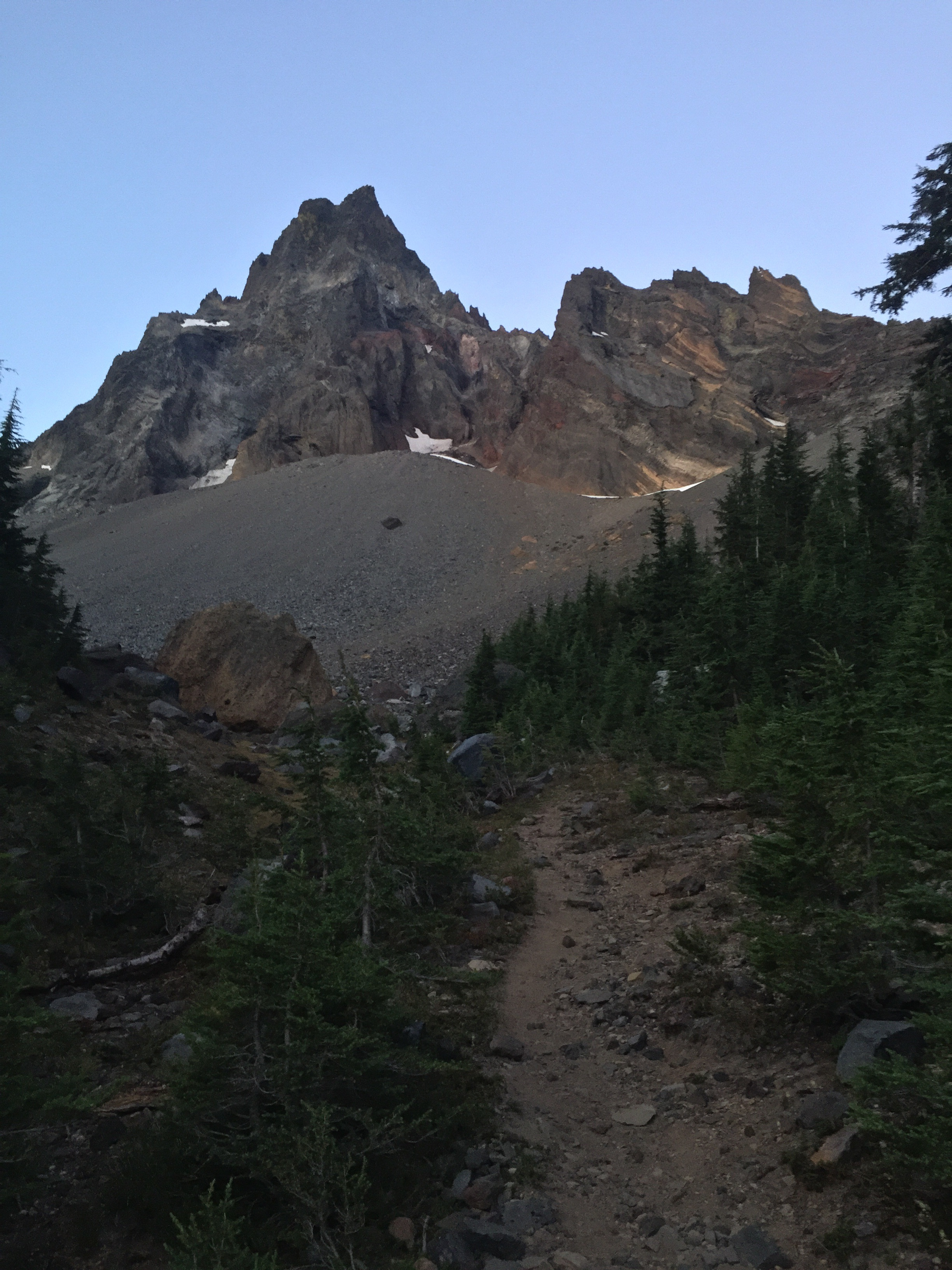 Early dawn light on Mt. Thielsen from our campsite along Thielsen Creek