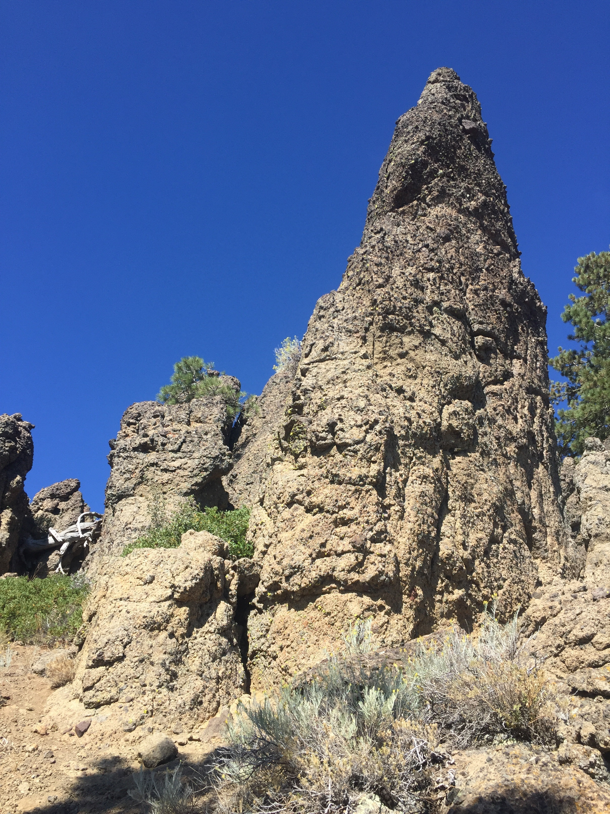 More rock stacks, this time sedimentary