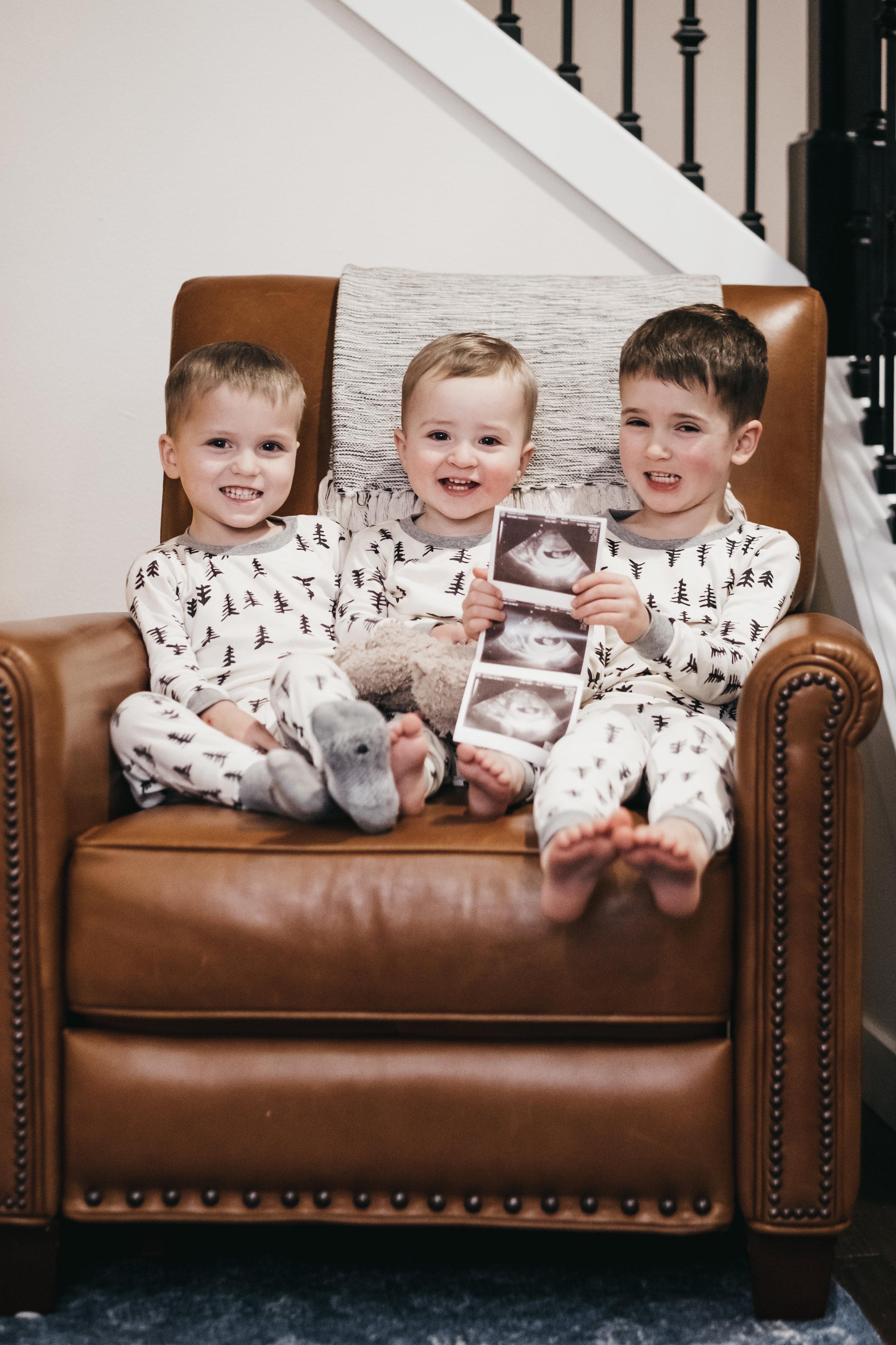 baby 4 announcement-3.jpg