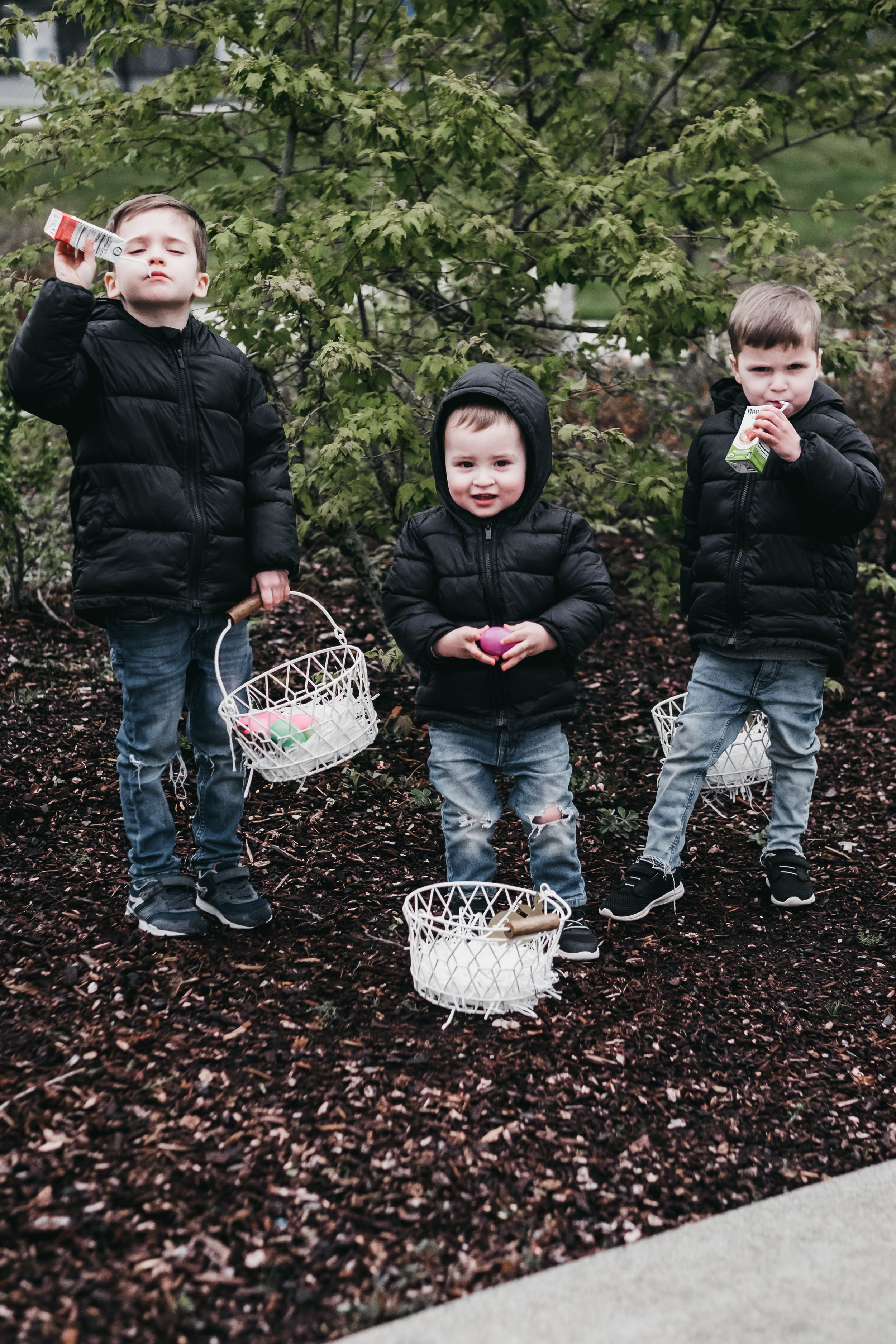 Neighborhood Easter Egg Hunt-4.jpg
