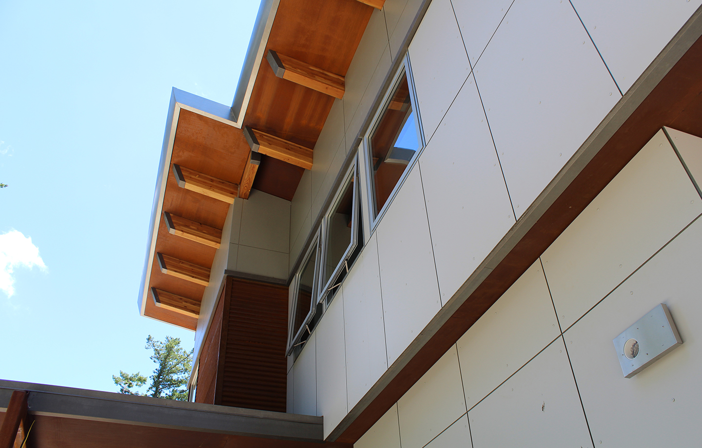 Las Cumbres Residence - Los Gatos, CA - Exterior Windows