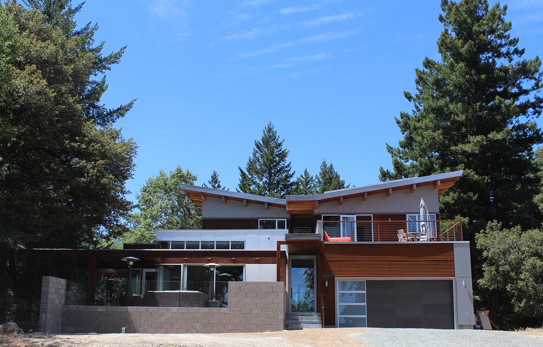 Las Cumbres Residence - Los Gatos, CA - Exterior Garage