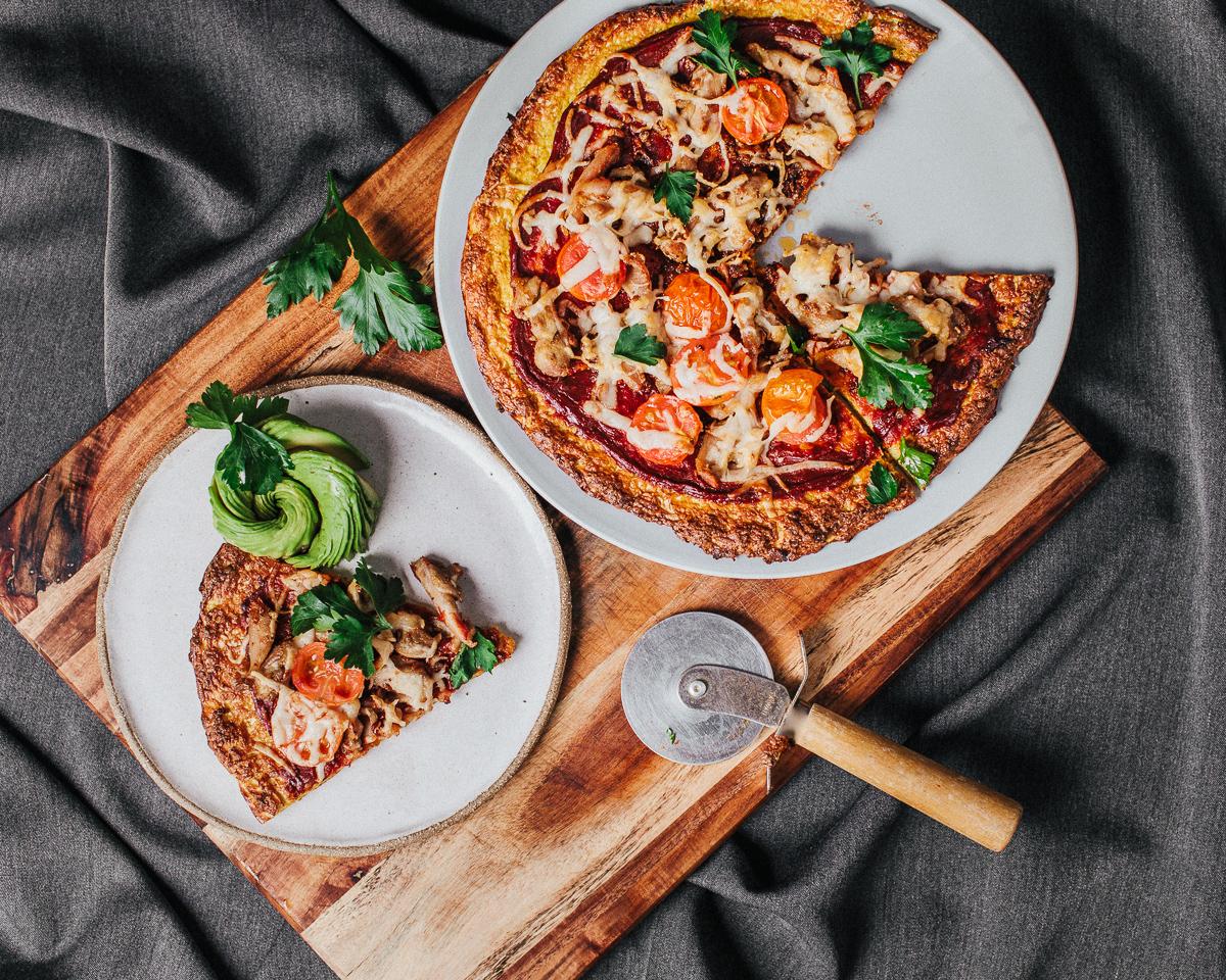 The_Easiest_Cauliflower_Pizza_Jordan_Pie_Nutritionist_Photographer2-4.jpg