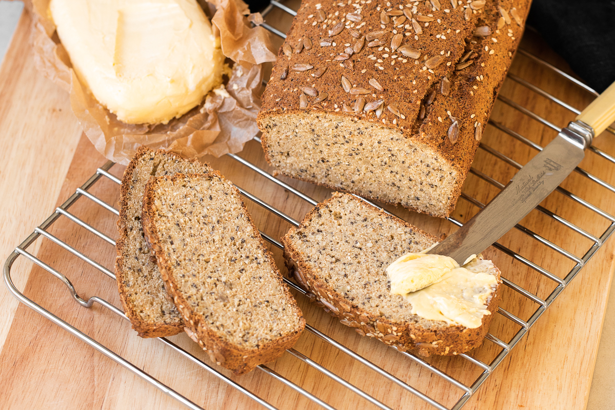 Low_Carb_Seedy_Gut_Loaf_Landscape_by_Jordan_Pie_Nutritionist_Photographer-1.jpg