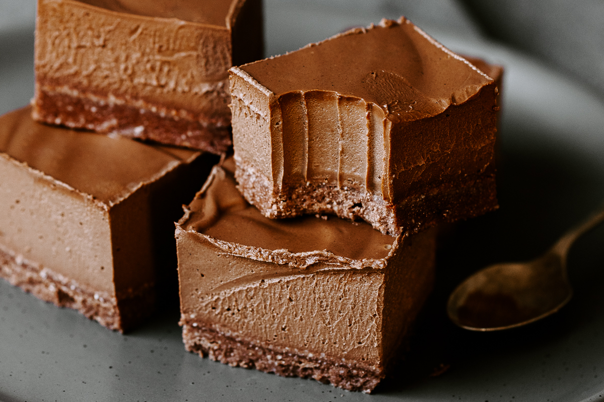 Silken_Chocolate_Mousse_Slice_Landscape_by_Jordan_Pie_Nutritionist_Photographer-1.jpg
