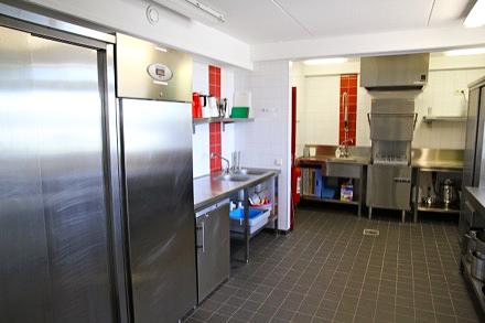 Keuken met RVS keukeninrichting