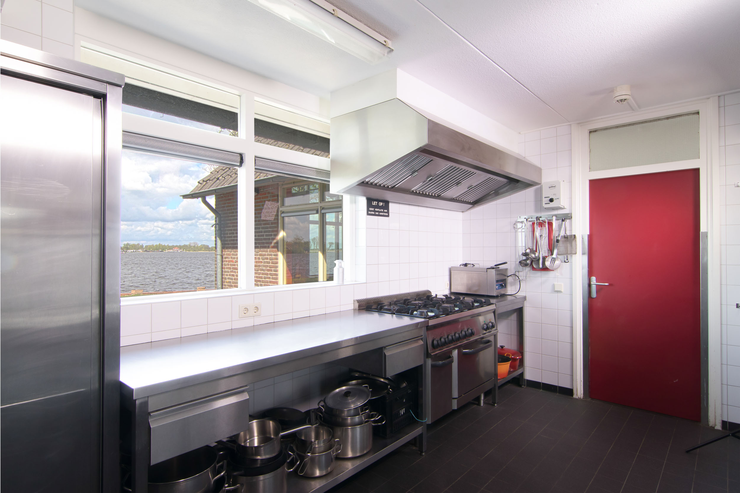 keuken blik op aanrecht - 2500px (1 van 1).jpg