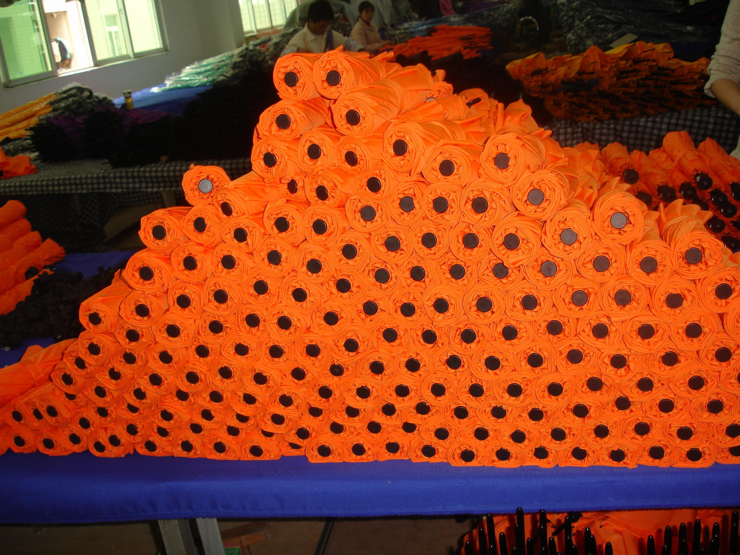 orange_umbrellas.JPG