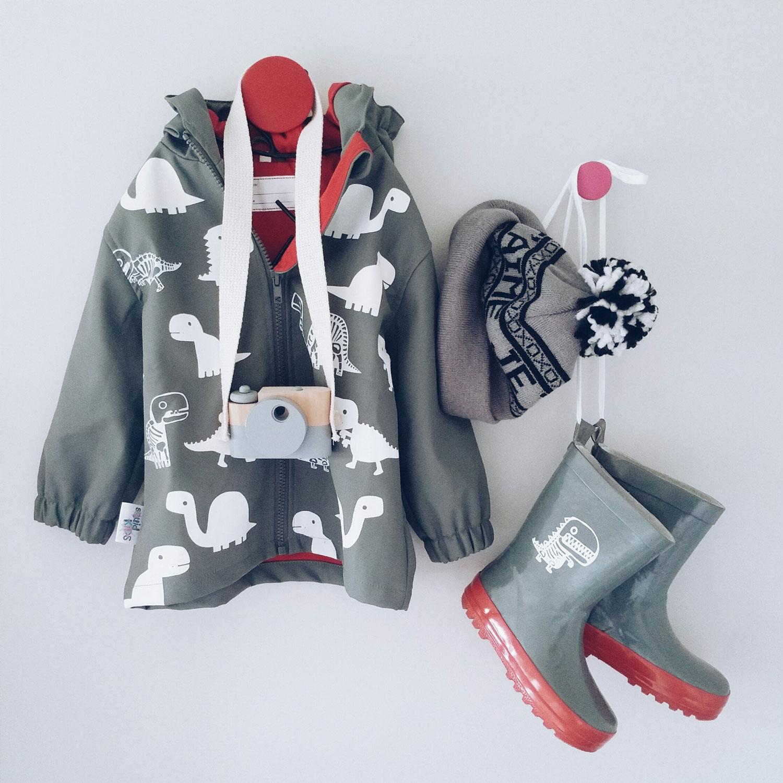toddler-raincoat-6-nz-mummy-blogger.jpg