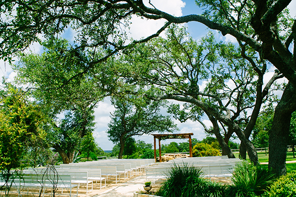 dripping-springs-wedding-venue-with-lodging