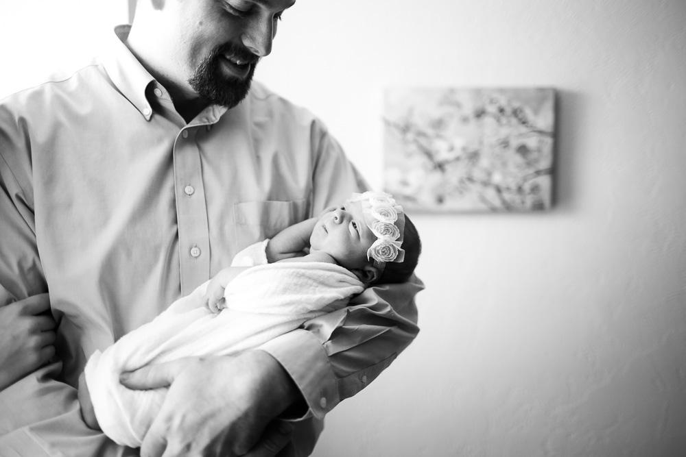 Brooke-Newborn-Blog-17.jpg