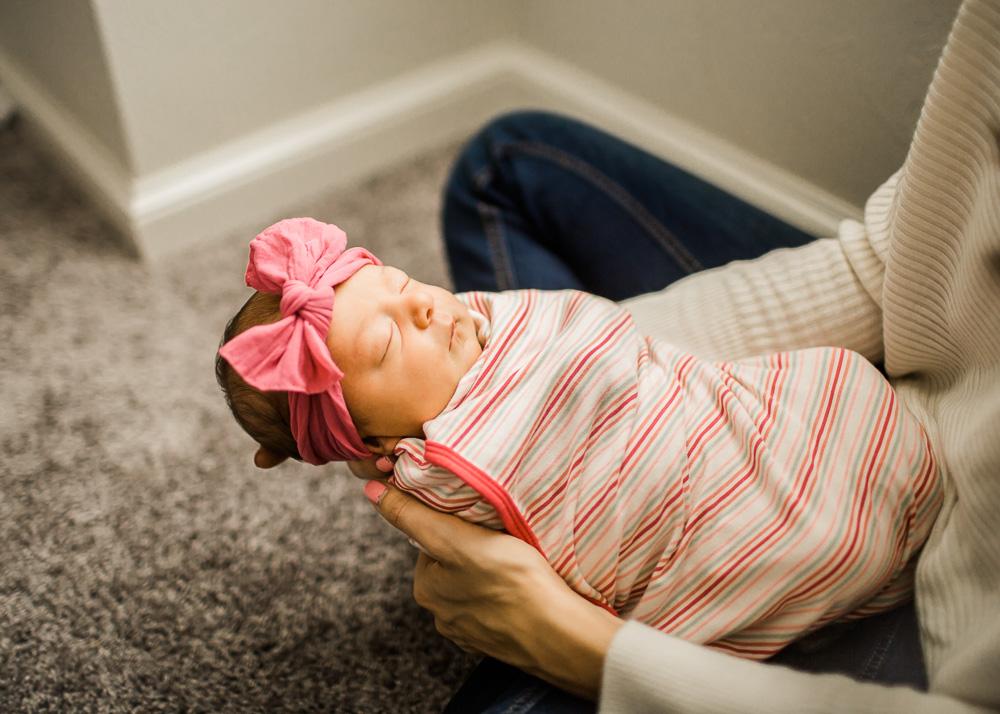 Brooke-Newborn-Blog-34.jpg