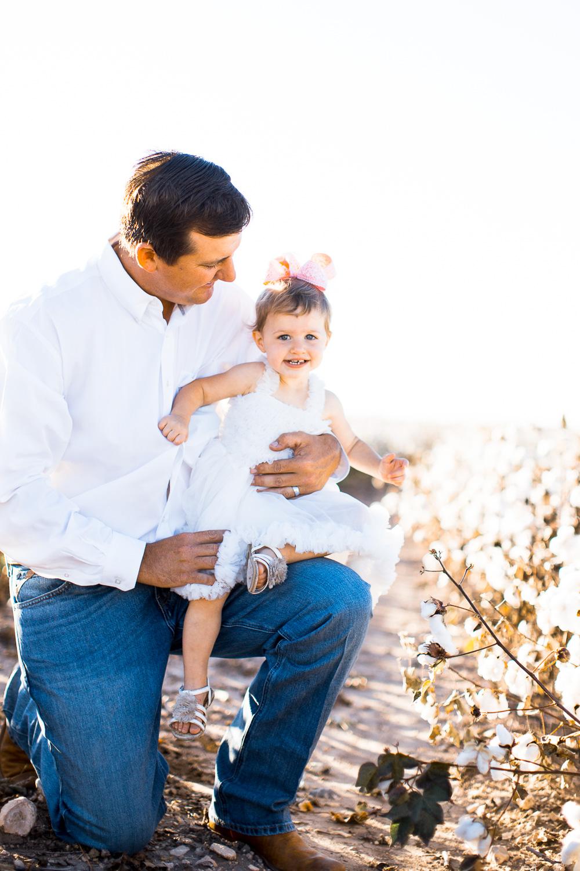 San-Angelo-Family-in-Cotton-13.jpg