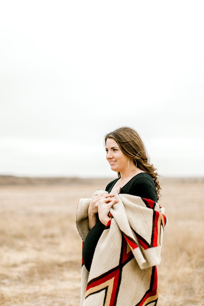 lauren-pendleton-ranch-maternity-shoot-10.jpg