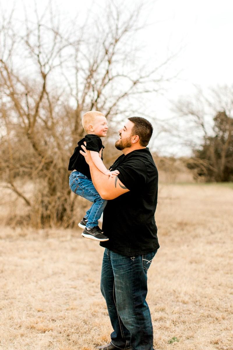 Edmond-Oklahoma-Family-Photographer-Spring-Family-Photos-7.jpg