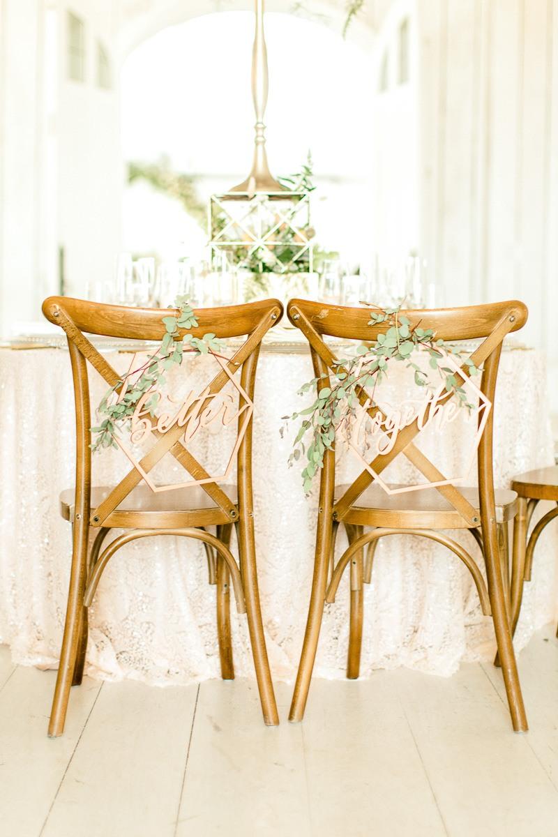 white-sparrow-barn-dallas-wedding-photographer-kaitlyn-bullard-the-big-and-bright-16.jpg