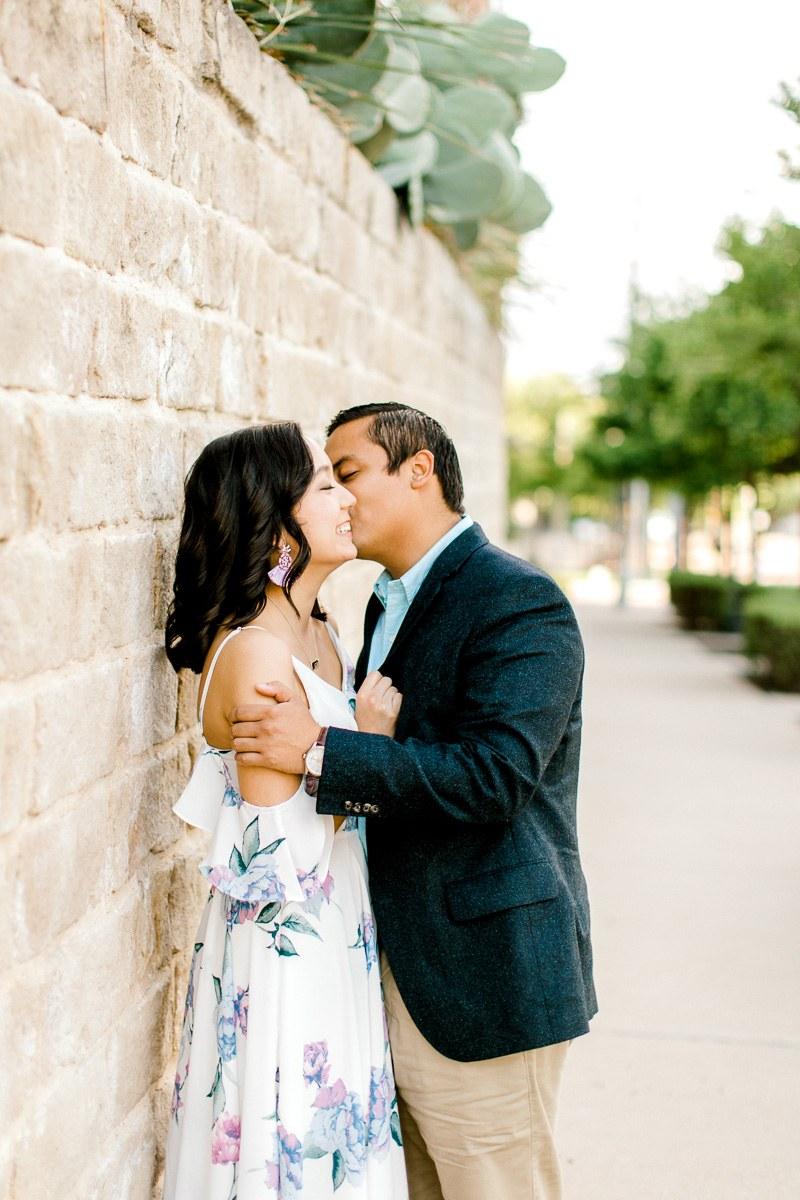 bety-luis-downtown-dallas-engagement-session-dallas-wedding-photographer-kaitlyn-bullard-11.jpg