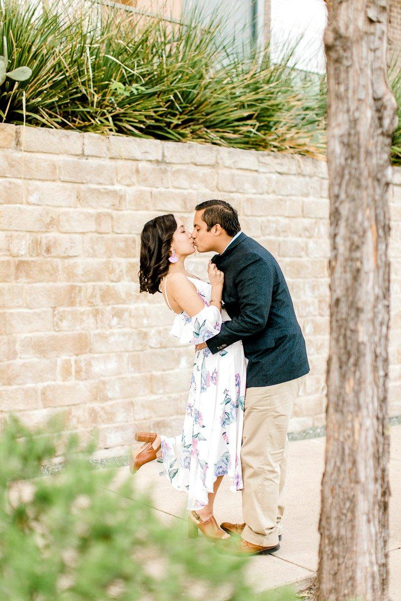 bety-luis-downtown-dallas-engagement-session-dallas-wedding-photographer-kaitlyn-bullard-20.jpg