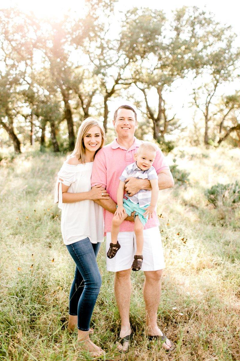 austin-family-photographer-kaitlyn-bullard-burnet-family-photos-1.jpg