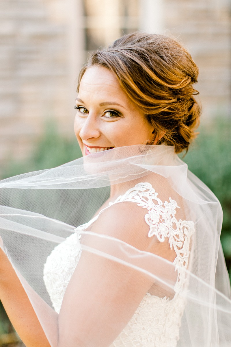 dallas-wedding-photographer-kaitlyn-bullard-mckenzi-bridal-17.jpg
