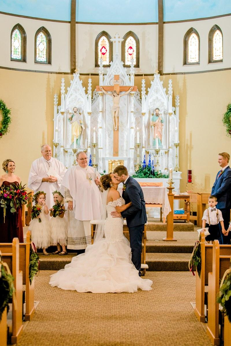 mckenzi-evan-san-angelo-texas-wedding-photographer-kaitlyn-bullard-28.jpg