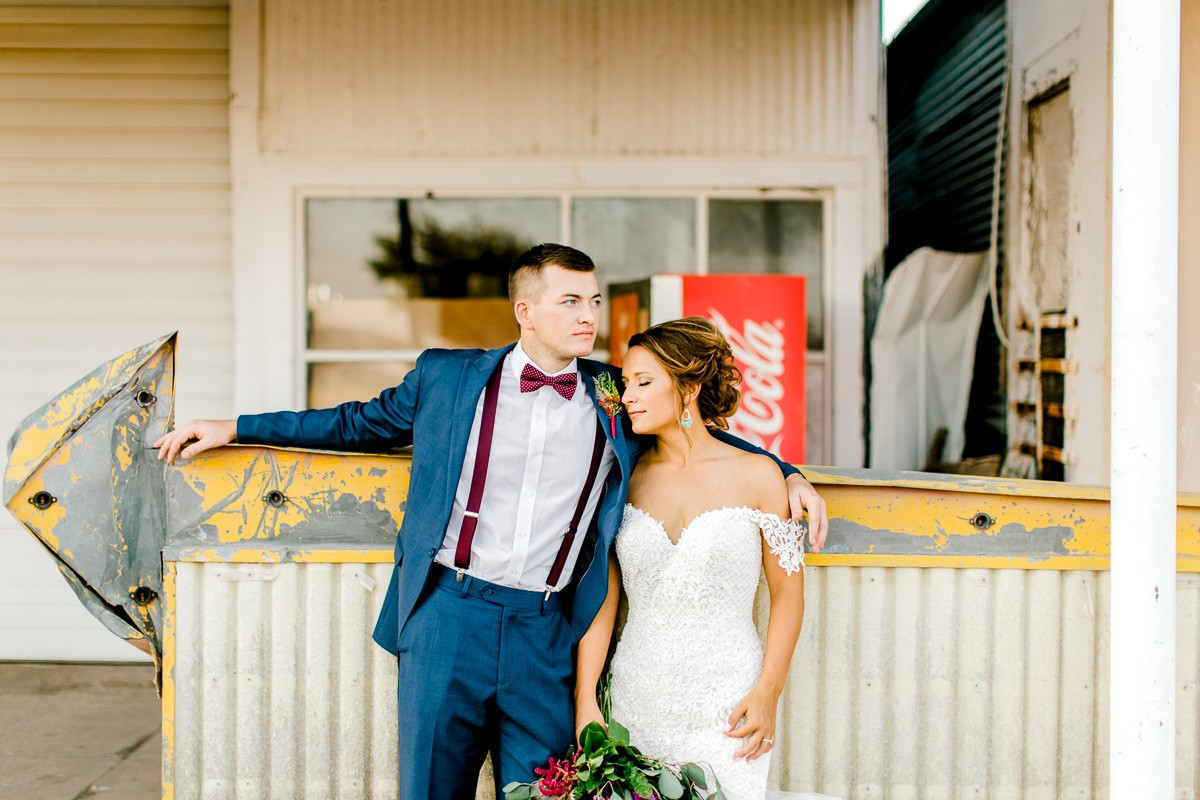 mckenzi-evan-san-angelo-texas-wedding-photographer-kaitlyn-bullard-44.jpg