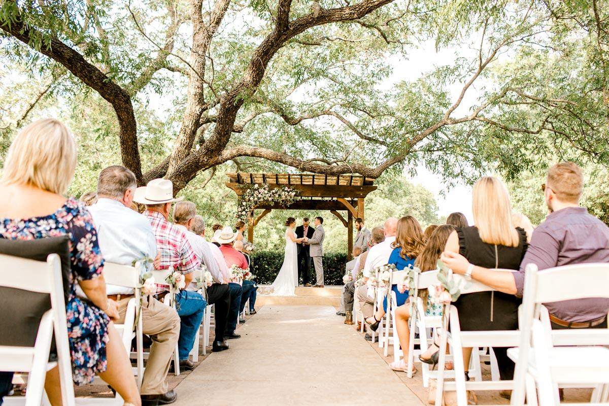 newby-wedding-the-orchard-azle-texas-fort-worth-wedding-photographer-kaitlyn-bullard-20.jpg