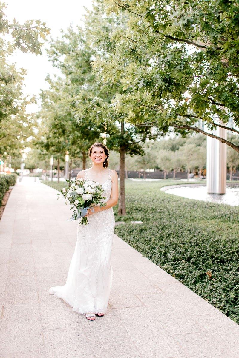 lily-bridal-portraits-downtown-okc-photographer-kaitlyn-bullard-22.jpg