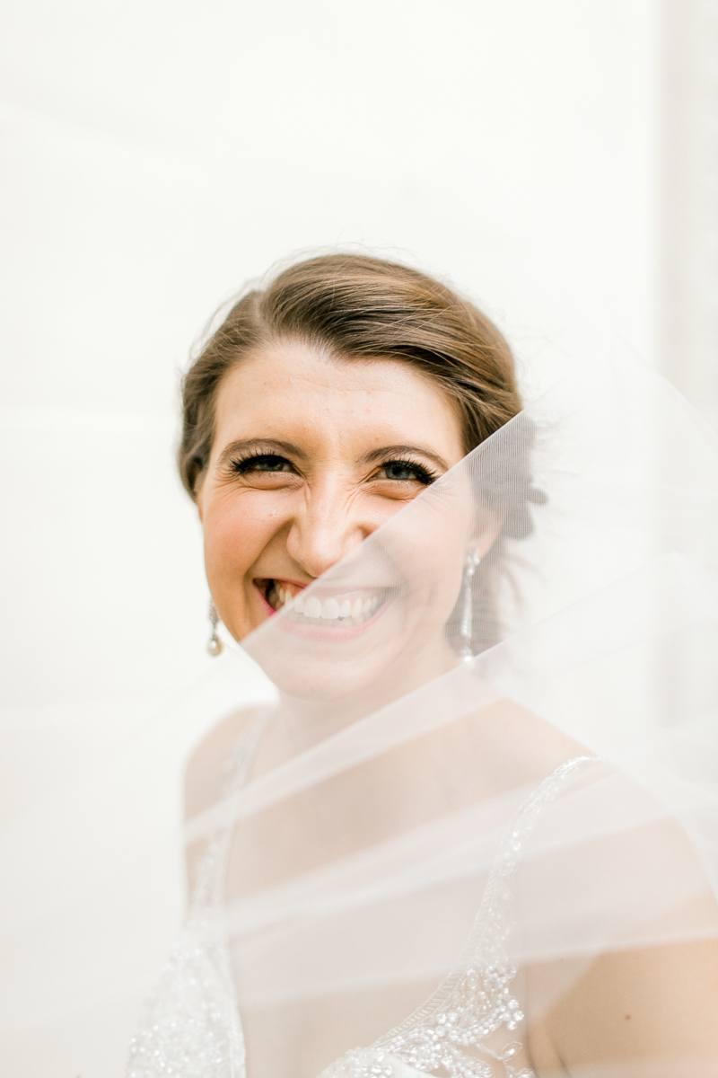 lily-bridal-portraits-downtown-okc-photographer-kaitlyn-bullard-37.jpg