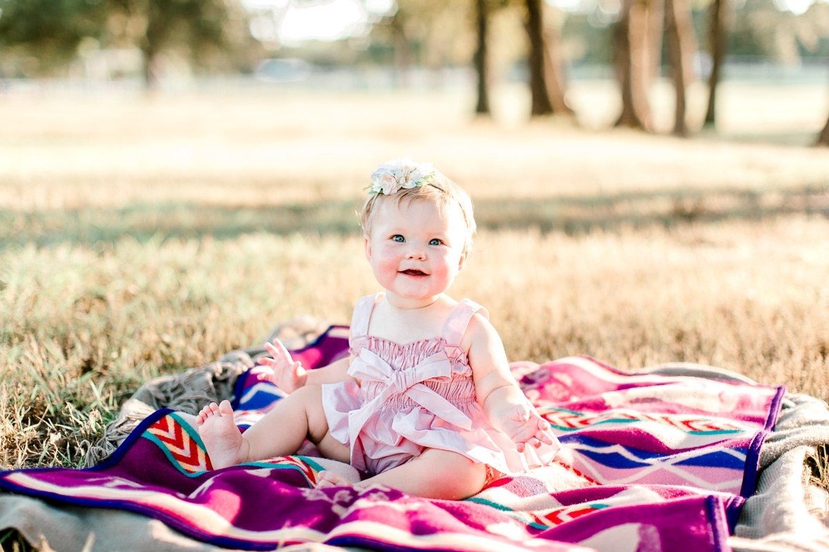 josie-one-year-dallas-family-photographer-kaitlyn-bullard-17.jpg