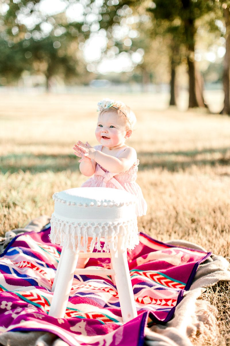 josie-one-year-dallas-family-photographer-kaitlyn-bullard-20.jpg