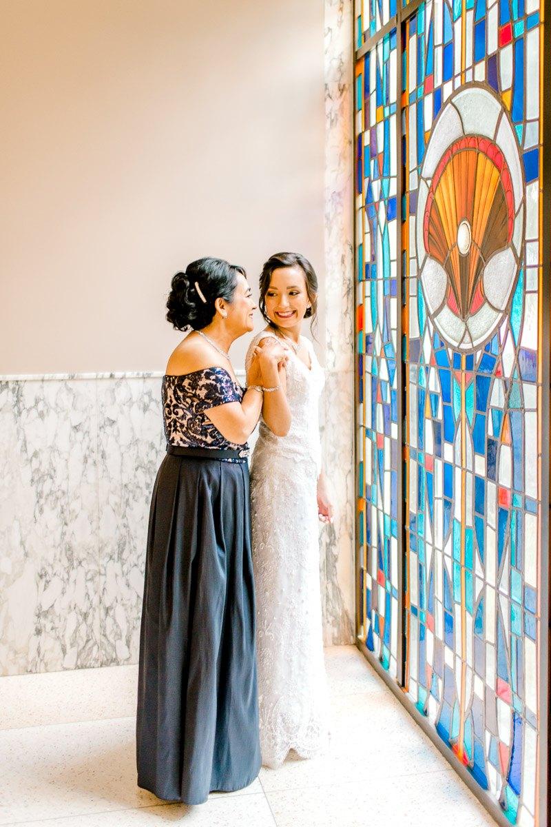 nylo-las-colinas-wedding-bety-luis-dallas-wedding-photographer-kaitlyn-bullard-14.jpg