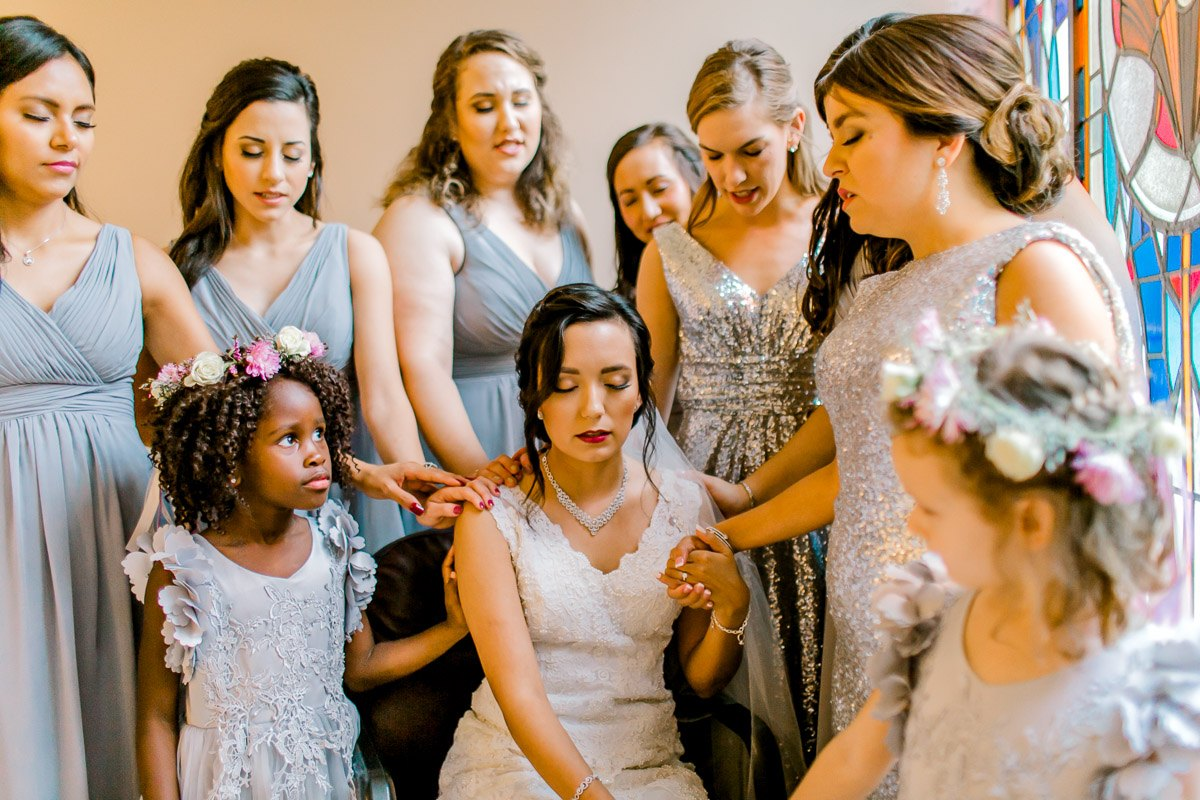 nylo-las-colinas-wedding-bety-luis-dallas-wedding-photographer-kaitlyn-bullard-31.jpg
