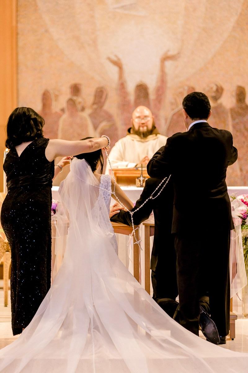 nylo-las-colinas-wedding-bety-luis-dallas-wedding-photographer-kaitlyn-bullard-38.jpg
