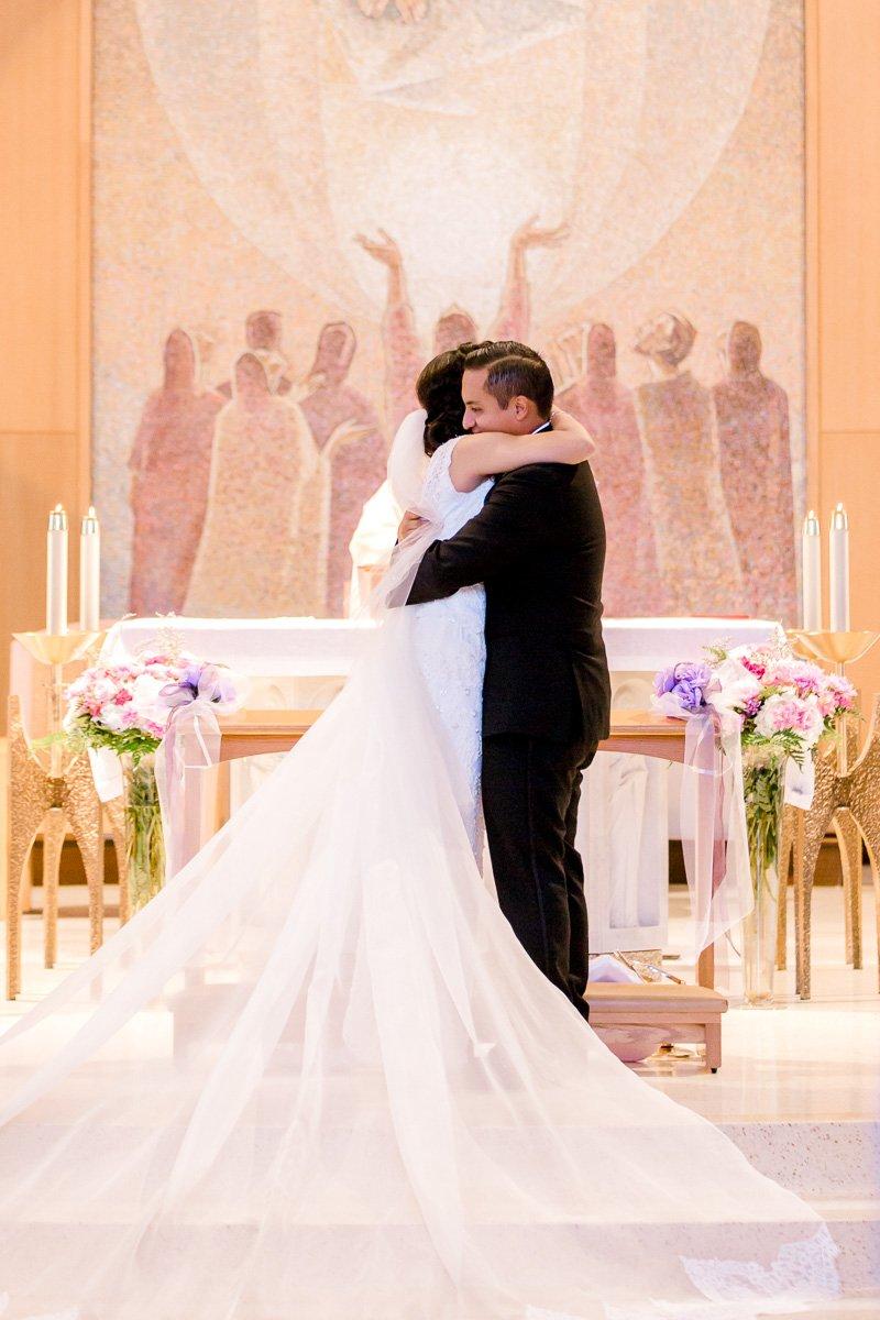 nylo-las-colinas-wedding-bety-luis-dallas-wedding-photographer-kaitlyn-bullard-40.jpg