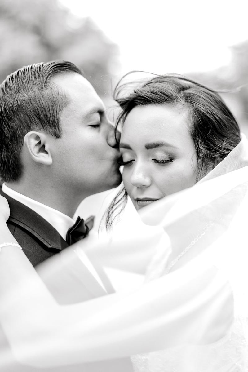 nylo-las-colinas-wedding-bety-luis-dallas-wedding-photographer-kaitlyn-bullard-62.jpg