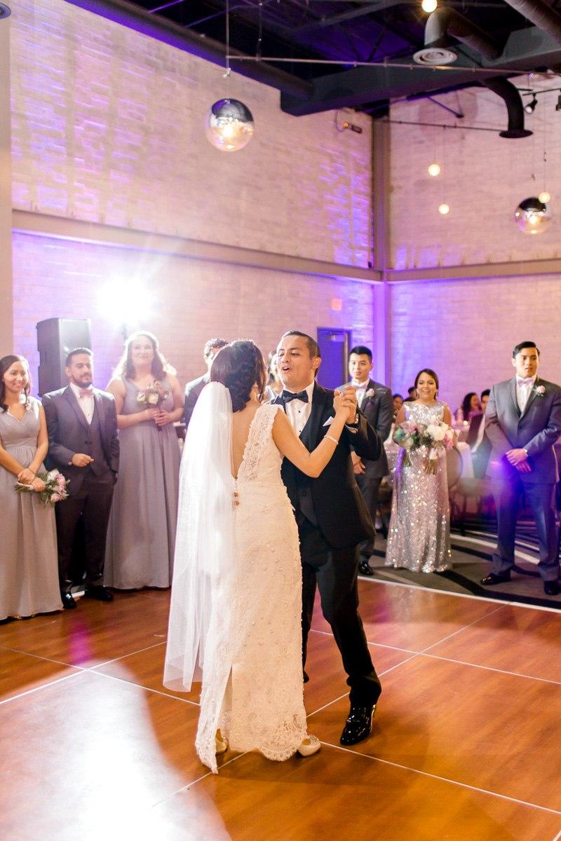 nylo-las-colinas-wedding-bety-luis-dallas-wedding-photographer-kaitlyn-bullard-71.jpg