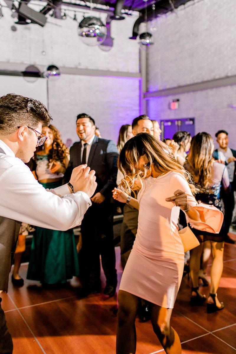nylo-las-colinas-wedding-bety-luis-dallas-wedding-photographer-kaitlyn-bullard-87.jpg