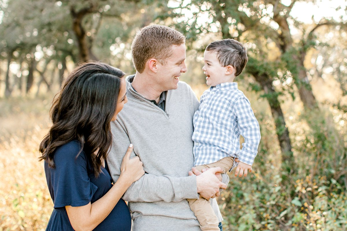 austin-family-photographer-kaitlyn-bullard-dallas-family-photographer-fall-session-shaffer-bee-cave-texas-2.jpg