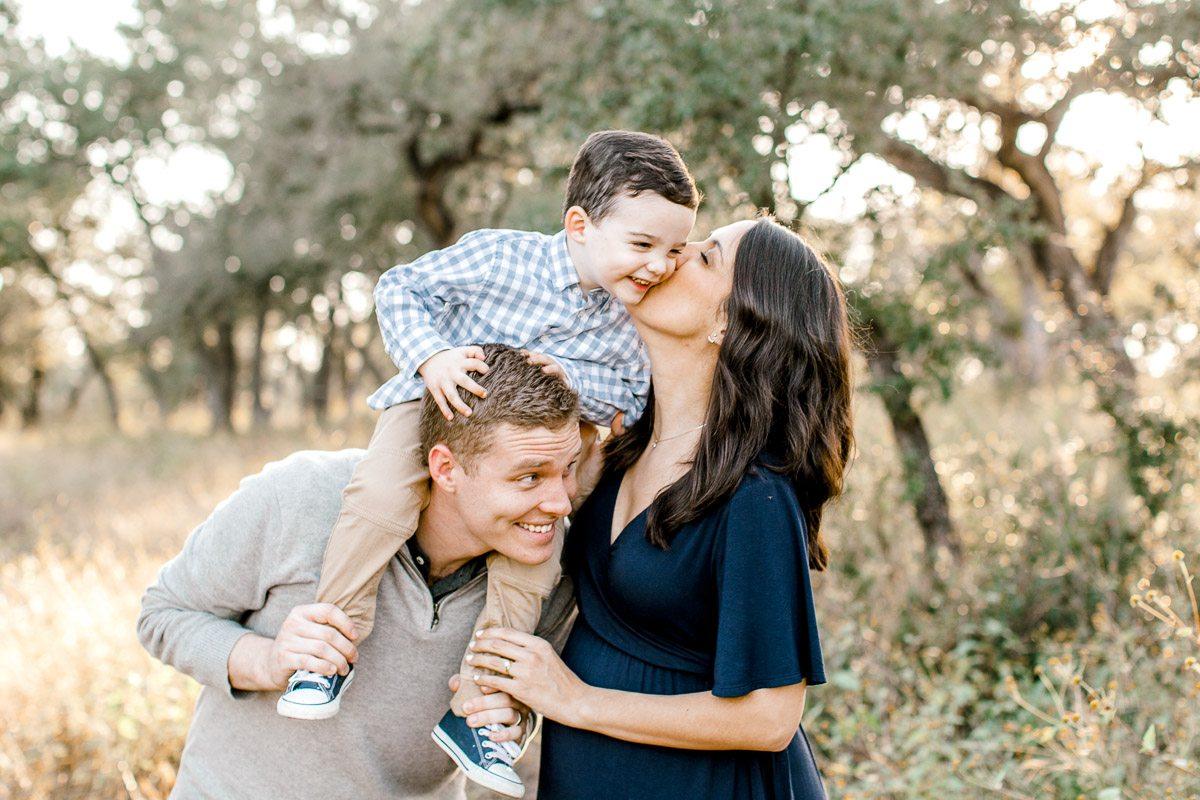austin-family-photographer-kaitlyn-bullard-dallas-family-photographer-fall-session-shaffer-bee-cave-texas-11.jpg
