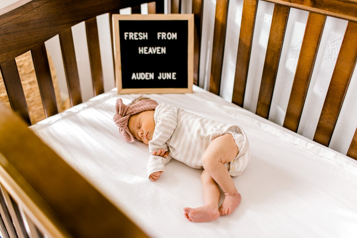 dallas-lifestyle-newborn-photographer-auden-5.jpg