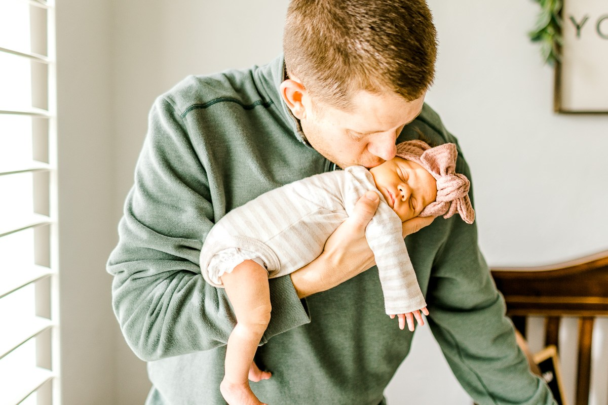 dallas-lifestyle-newborn-photographer-auden-25.jpg