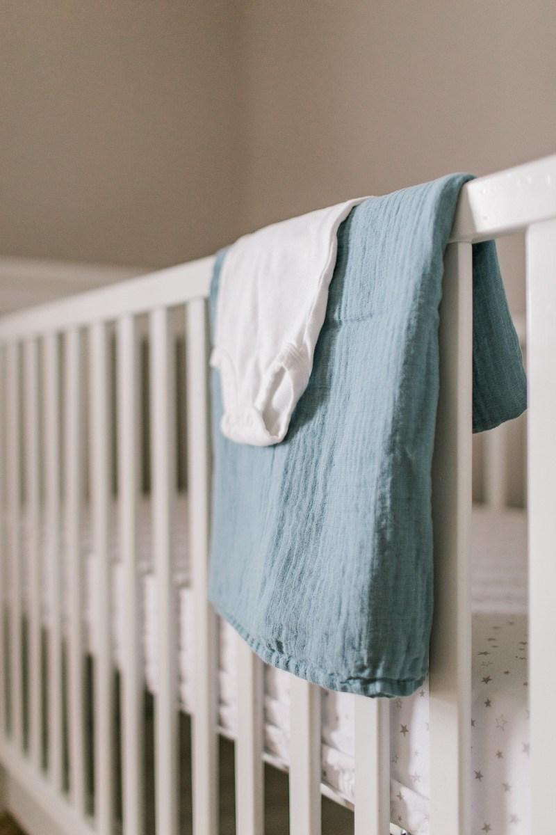 plano-newborn-photographer-lifestyle-newborn-kaitlyn-bullard-1.jpg