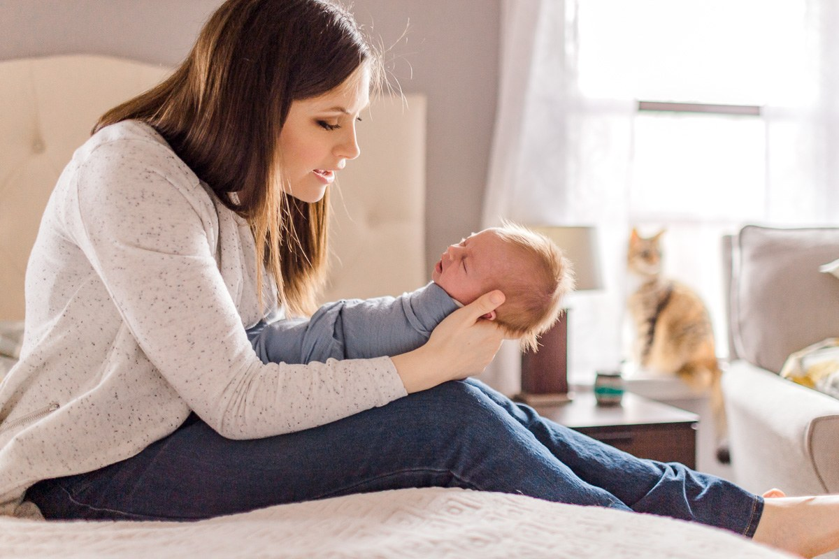 plano-newborn-photographer-lifestyle-newborn-kaitlyn-bullard-25.jpg
