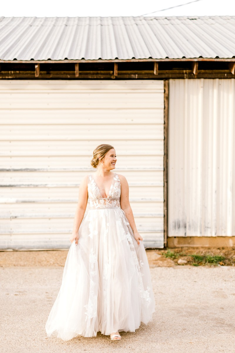 lauren-bridals-granbury-wedding-photographer-11.jpg