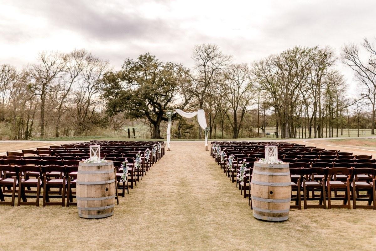 ennis-texas-wedding-photographer-kaitlyn-bullard-56.jpg