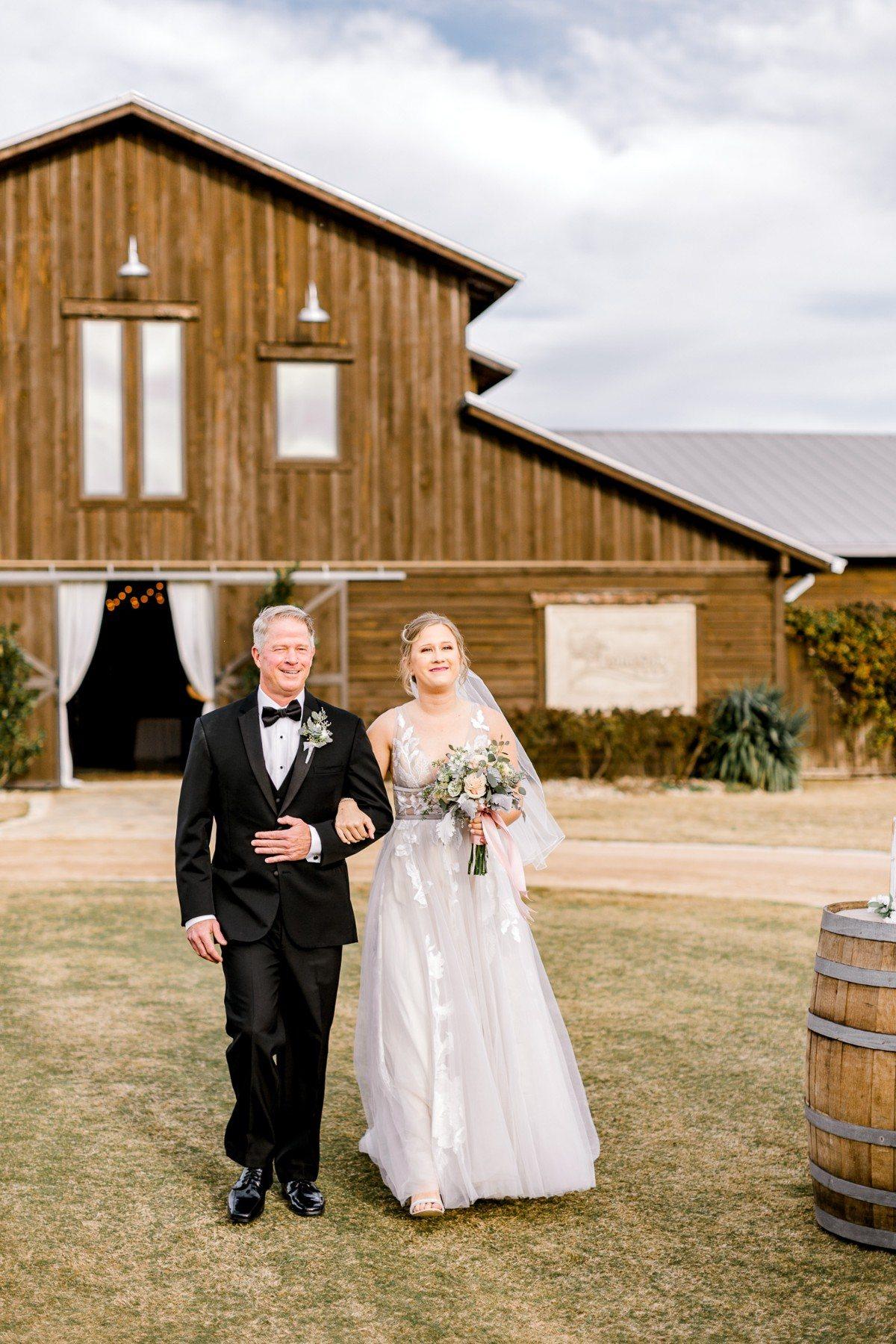 ennis-texas-wedding-photographer-kaitlyn-bullard-67.jpg