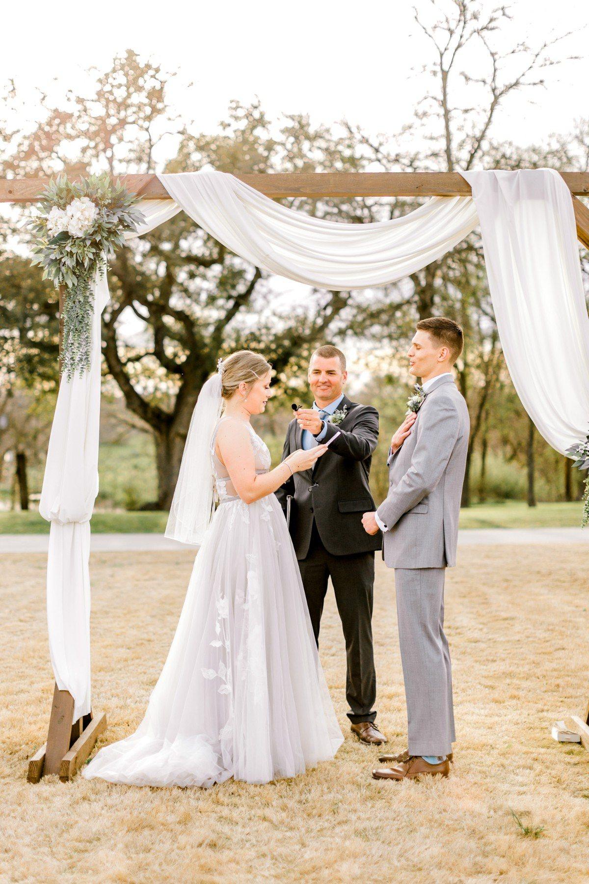 ennis-texas-wedding-photographer-kaitlyn-bullard-73.jpg
